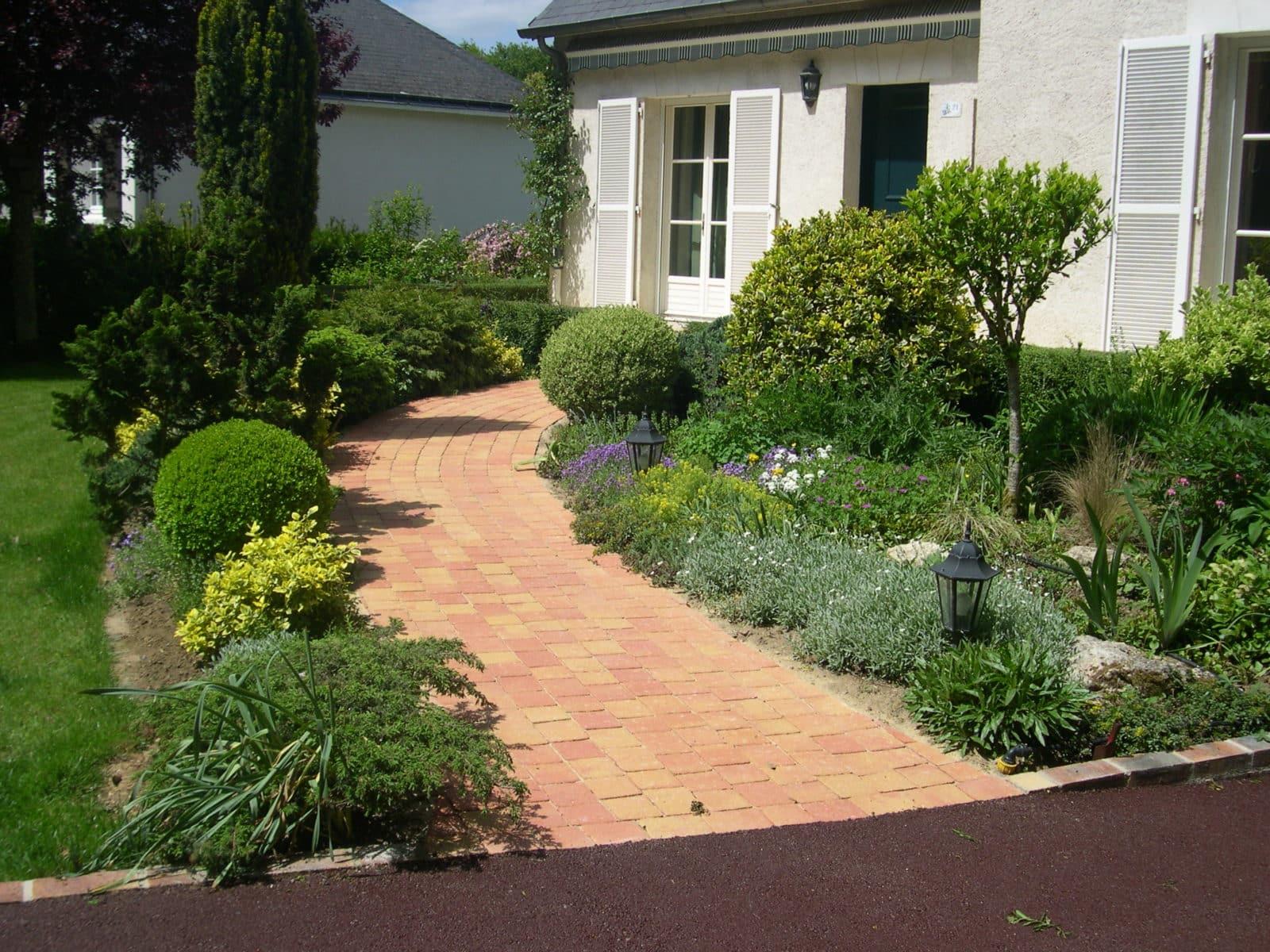 Aménagement Extérieur Entrée Maison aménagement d'allée extérieure (maison, jardin, garage