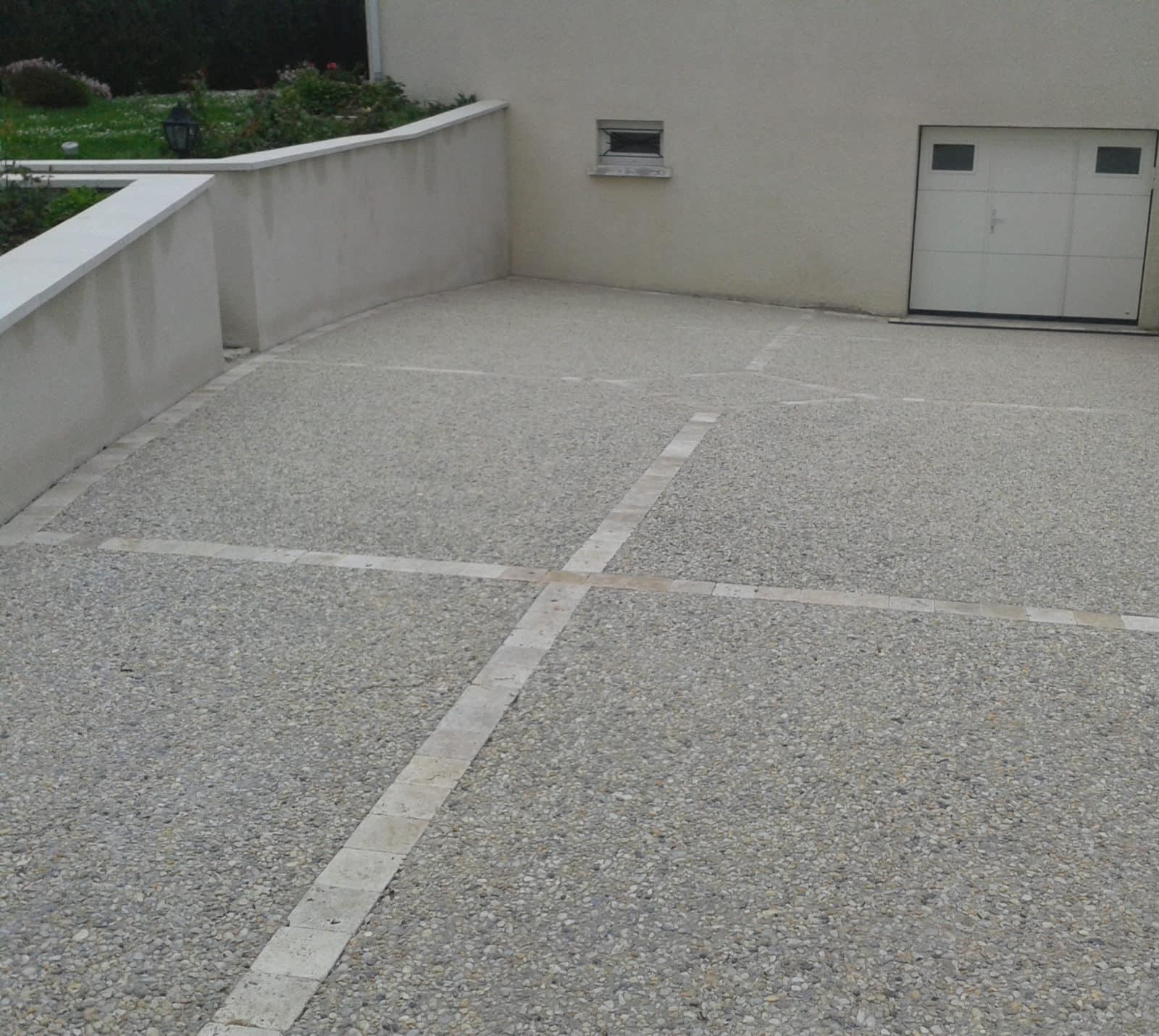 Amenagement Exterieur En Cailloux aménagement d'allée en pente (voiture, jardin) - lantana
