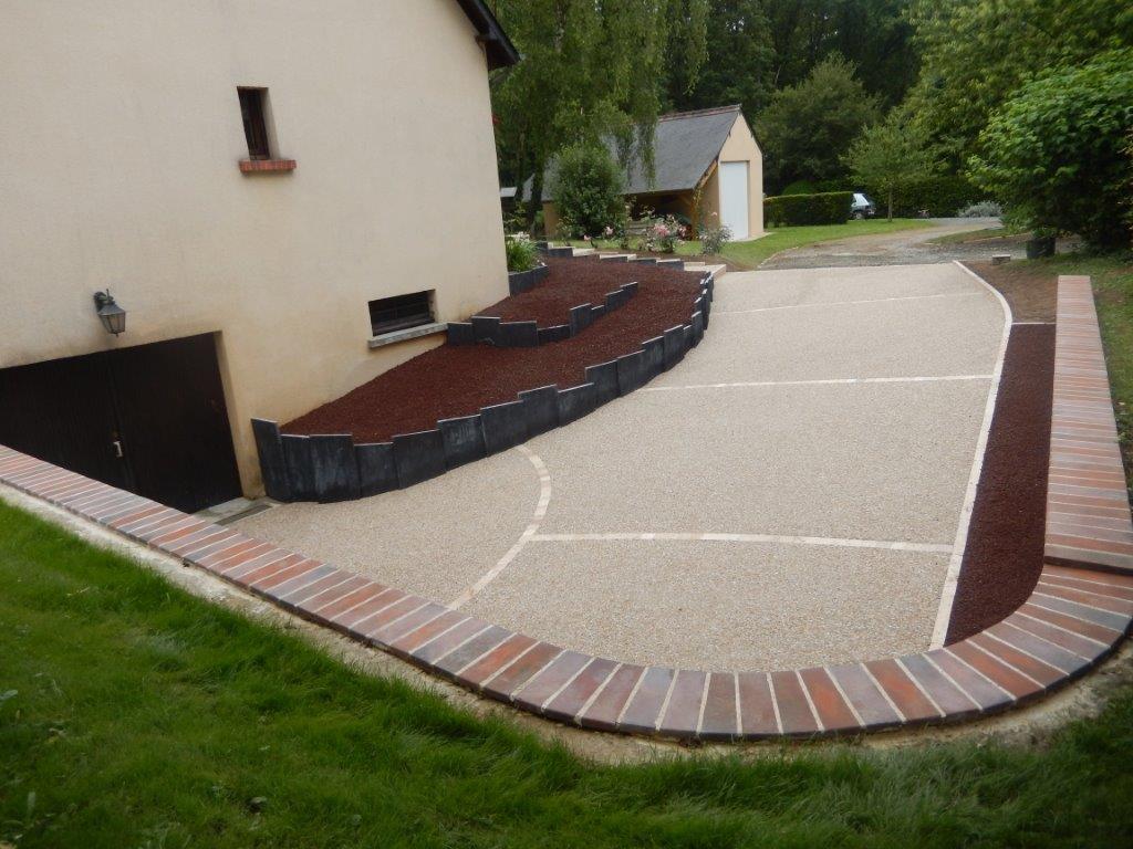 Aménagement Extérieur Entrée Maison aménagement descente, allée de garage - lantana paysage